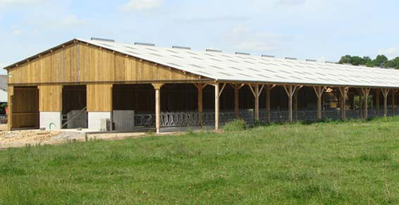 R alisations de b timents agricole hangar agricole for Batiment en bois en kit